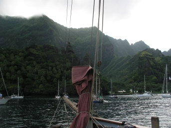 Arriving in Hanavave Bay