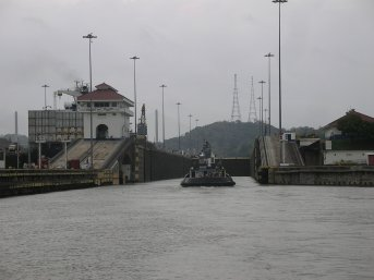 Following tug into Pedro Miguel lock