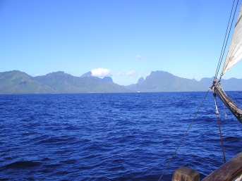 Approach to Moorea
